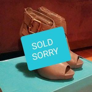 Gray Aldo Peep Toe Heels (shoe boots)